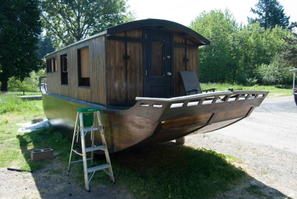 houseboat-construction-12