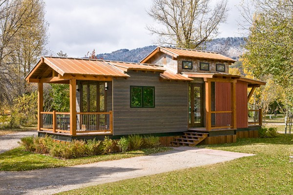 Spacious and modern park model tiny house on a trailer for Contemporary tiny house