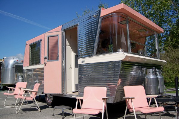 1961 Holiday House Trailer Turned to Girly Tiny Home Tiny House