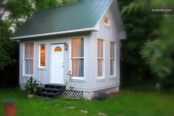 Charleston tiny house on a foundation tiny house pins for Foundation tiny house builders