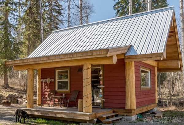 320-sq-ft-cabin-in-bc-05