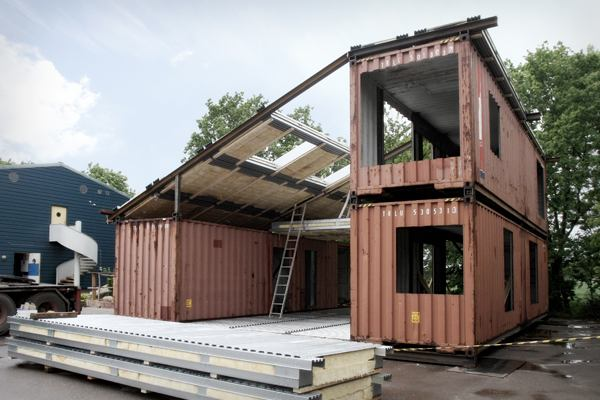 modern recycled home made of shipping containers tiny house pins. Black Bedroom Furniture Sets. Home Design Ideas