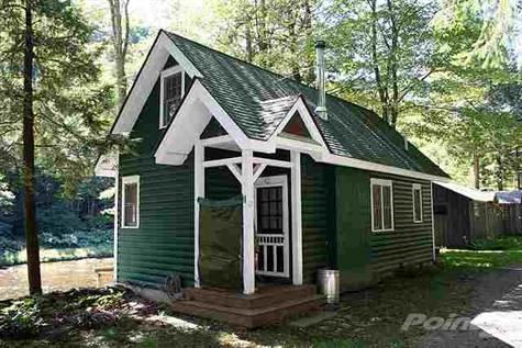 640 Sq. Ft. Tiny Cottage in NY for sale on Trulia: $129K