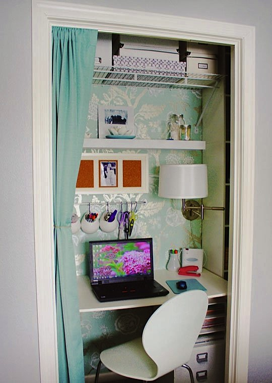 Jennifer's Tiny Office in a Closet