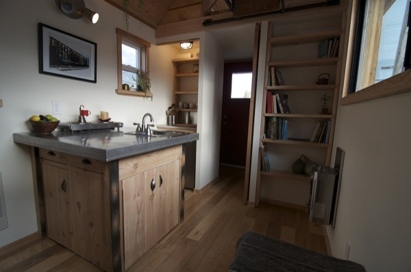 acorn-tiny-house-by-nelson-tiny-houses-05