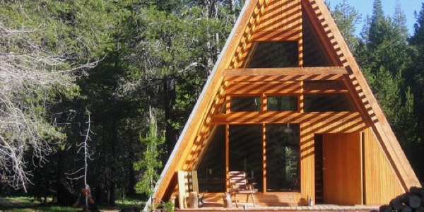 modern-a-frame-cabin-in-yoesmite-far-meadow-001