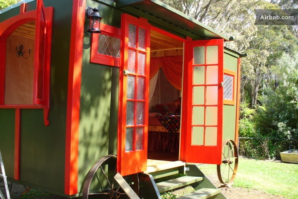 romantic-gypsy-caravan-micro-cabin-or-backyard-guest-house-0010