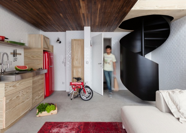 387-sq-ft-2-story-micro-apartment-in-brazil-001