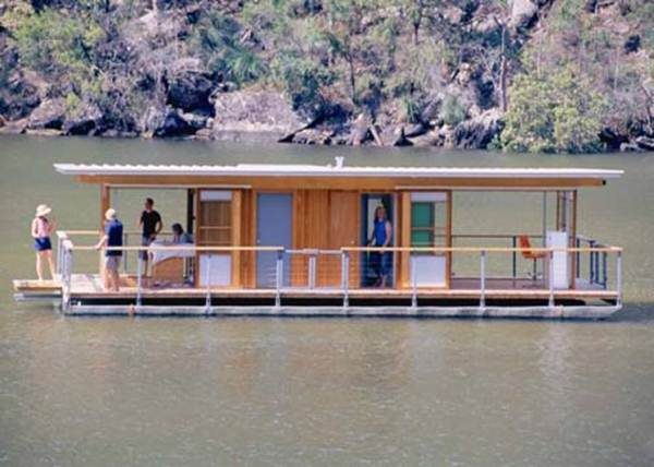 Arkiboat-tiny-small-houseboat-living-002