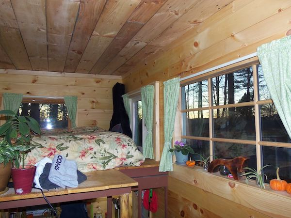 jess-and-dans-tiny-house-on-wheels-005