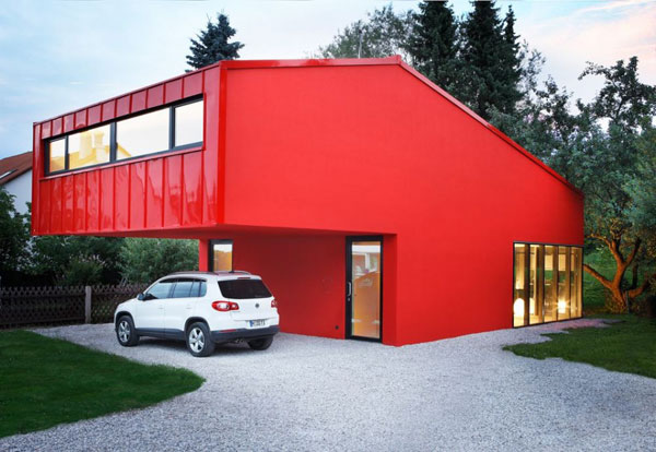 House V: Modern & Red Small House