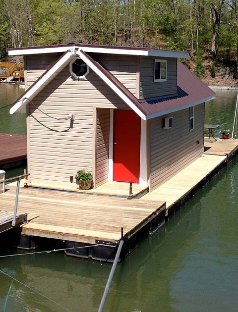 houseboat-reno-before-after-03