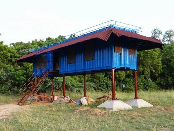 Shipping container tiny house on stilts tiny house pins for Small house design container