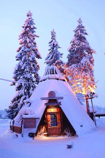 tiny-snow-hut