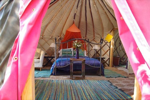 Humble Yurt Living in Portugal-06