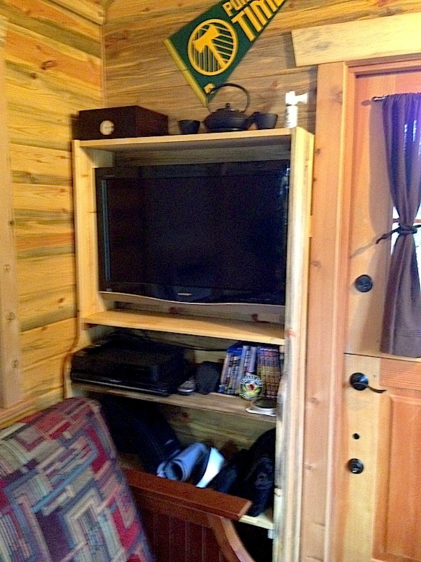 Diy Hidden Tv Cabinet For Your Tiny House Tiny House Pins