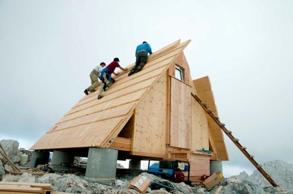 micro-a-frame-moutain-bunk-house-cabin-008